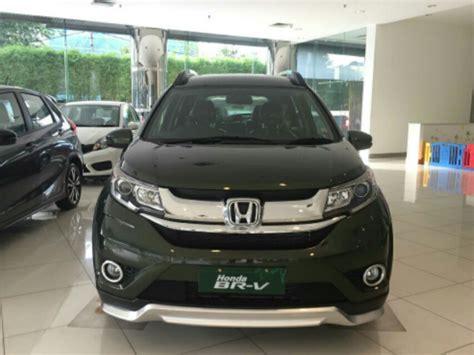 Honda Br V E Cvt diskon honda br v e cvt prestige 2017 brio mobilio jazz