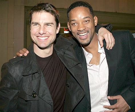 Tom Cruise Gives Will Smith An Award by After Earth Scientology Comparison Essay