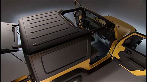 Remove Jeep Hardtop Freedom Top Removal How To Remove The Jeep Hardtop On