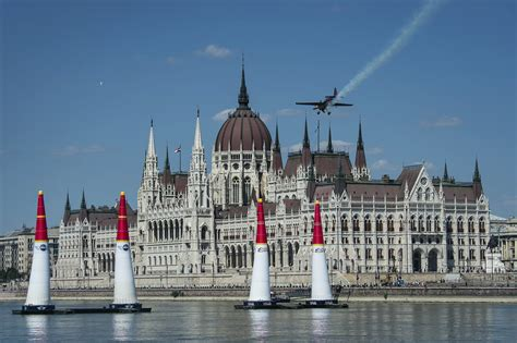 Bull Air Race Budapest Team Chambliss Bull Air Race Pilot 187 Bull Air