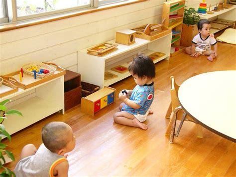 montessori baby montessori and baby toddler on pinterest 117 best montessori classrooms images on pinterest