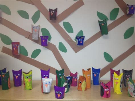 What Can You Make With Construction Paper - you can make owls out of toilet paper rolls fold in the