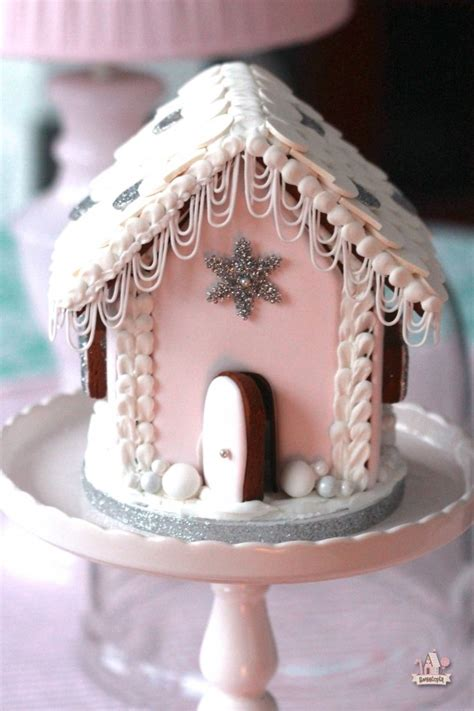 gingerbread house icing 10 jaw dropping gingerbread houses you must see urbanmoms