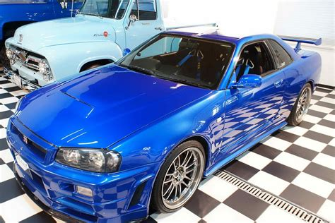 paul walkers nissan skyline paul walker s fast furious r34 nissan skyline gt r front