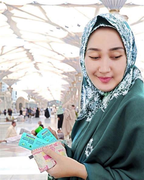 Lipstik Hijau Dari Arab ketahui kombinasi warna bibir dan yang pas hanya