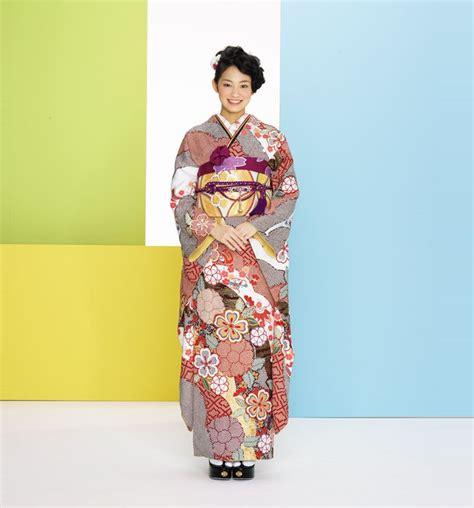 Bluma Kimono White Brown 75 best kimono images on geishas asia and japanese kimono