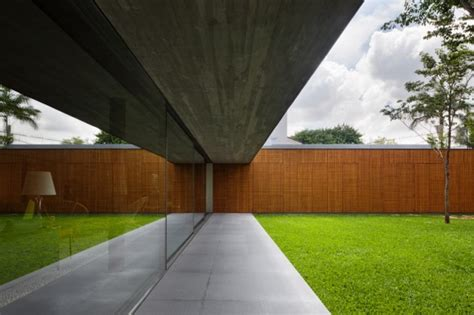 retractable glass doors interior design ideas
