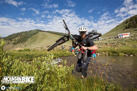 Mba Bend Oregon by Photo Of The Day Keepin The Shoes Mountain Bike