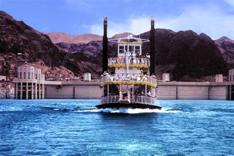 hoover dam paddle boat tours hoover dam and lake mead cruise tour on the desert princess