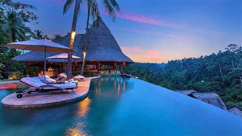 bali tourist attractions   perfect balinese bonanza