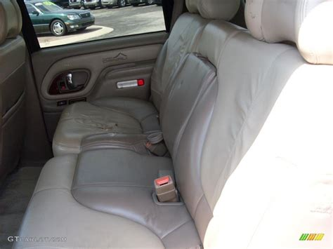 car engine repair manual 2000 gmc yukon seat position control 2000 gmc yukon denali 4x4 interior photo 38120083 gtcarlot com