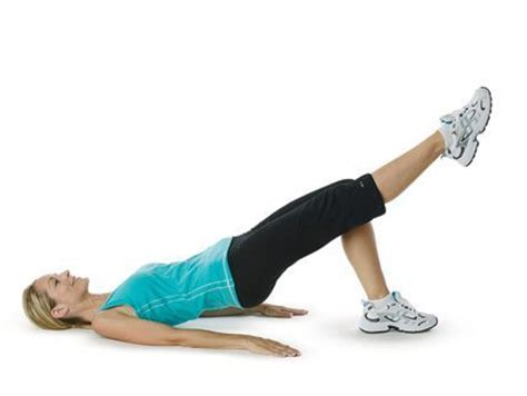 boat pose arm pulses 3 killer exercise moves you should be doing fit tip daily