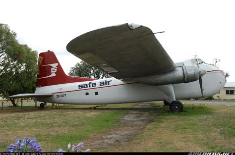 bristol 170 freighter mk31e safe air straits air freight express aviation photo 1246407