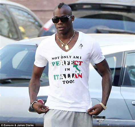 Blouse Baloteli New mario balotelli wears t shirt not only am i i m italian daily mail