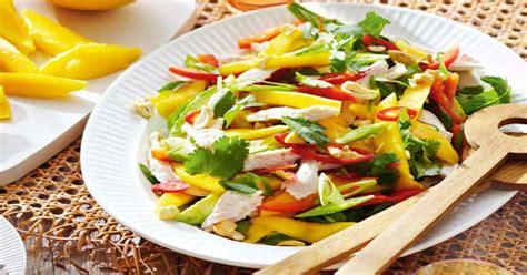 cara membuat salad buah ncc bosan dengan rujak yuk bikin salad mangga yang sehat