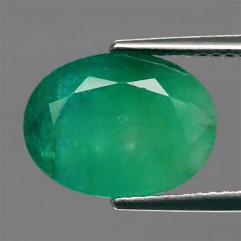 Green Emerald Coloumbia color 2 40ct 11 5x8mm oval medium green emerald columbia catawiki