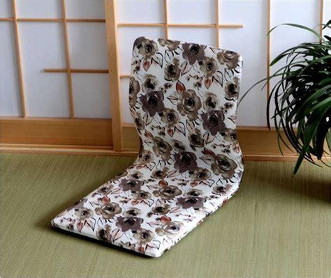 chaise japonaise accessoires chaise japonaise blanche fleurs