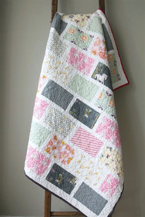 Handmade Childrens Quilts - 25 best ideas about crib quilts on baby quilt