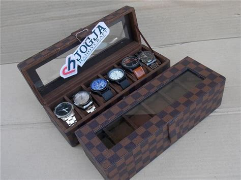 Box Jam Tangan Isi 6 Motif Bunga Putih Lv Damier Box Organizer For 6 Pcs Watches Box Jam