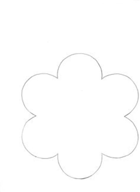 flower template with 6 petals flower patterns on flower template felt