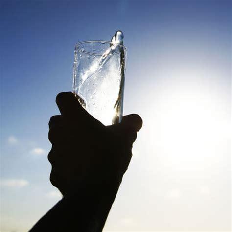 quanti bicchieri d acqua al giorno abitudini danneggiano i reni vivere pi 249 sani