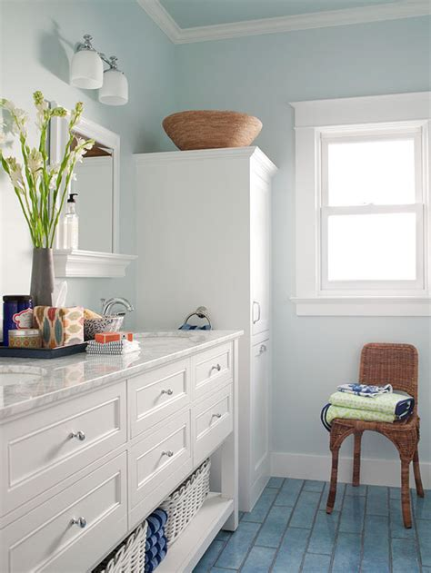 Tiny Bathroom Colors by Small Bathroom Color Ideas Better Homes Gardens