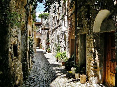 Design Rooms by Mesta Village Real Chios