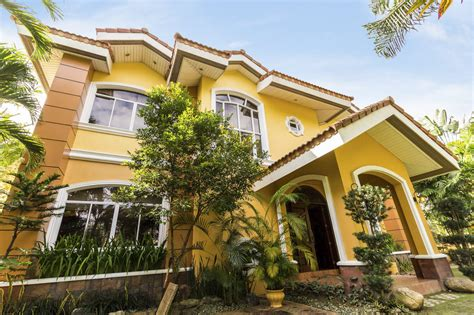 bedroom house  rent  north town homes cebu grand realty