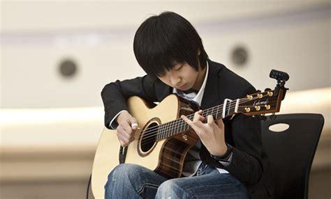 cara bermain gitar solo info hebat november 2013