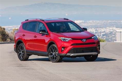 Toyota Rva4 10 Things To About The 2016 Toyota Rav4