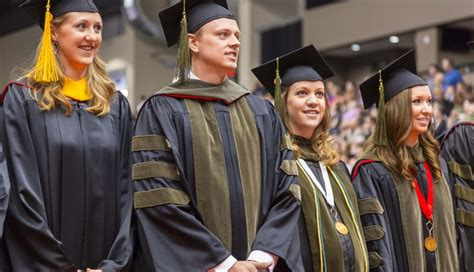 931 unmc students to receive diplomas during commencement