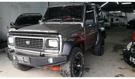 Accu Mobil Taft Gt daihatsu taft gt 4x4 abu abu tahun 1999