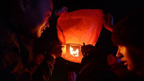 new year lantern story china marks traditional lantern festival top end of