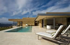 Travertine Backyard Maison Luxe Plain Pied Chaios Com