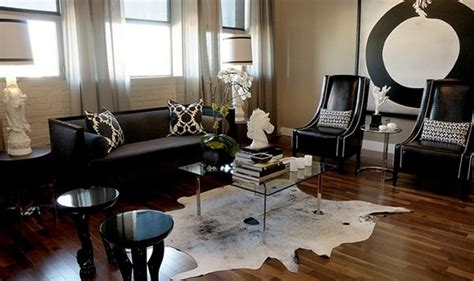 Cowhide Rug Living Room by 20 Living Rooms Adorned With Cowhide Rugs Home Design Lover