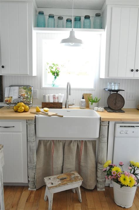 buckets of burlap s vintage farmhouse country kitchen