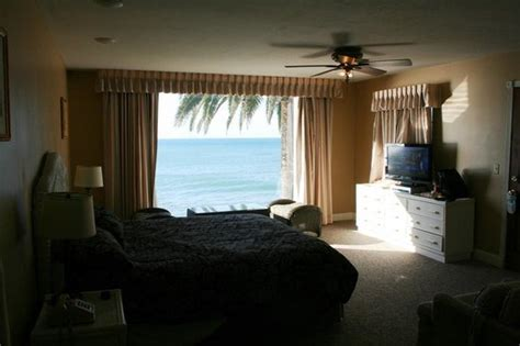 cliff house ventura deluxe room 24 picture of cliff house inn on the ocean ventura tripadvisor