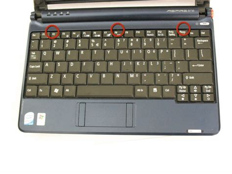 Keyboard Acer Aspire One Zg5 how to installing acer aspire one zg5 keyboard laptop part tips