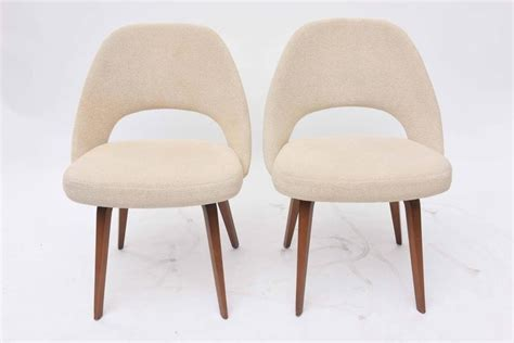 Saarinen Dining Chairs Set Of Six Eero Saarinen Dining Chairs At 1stdibs