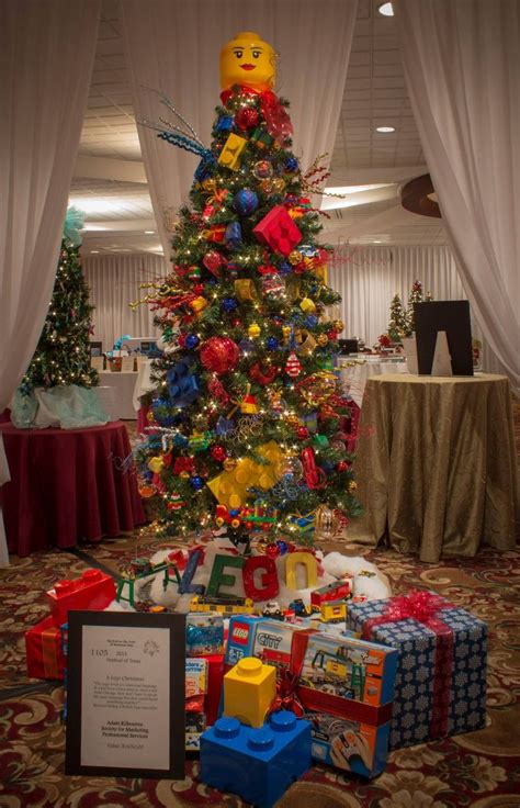 theme tree 1000 ideas about lego christmas on pinterest lego lego