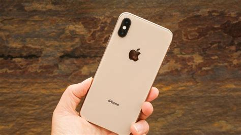 iphone xs review updated a few luxury upgrades the xr cnet