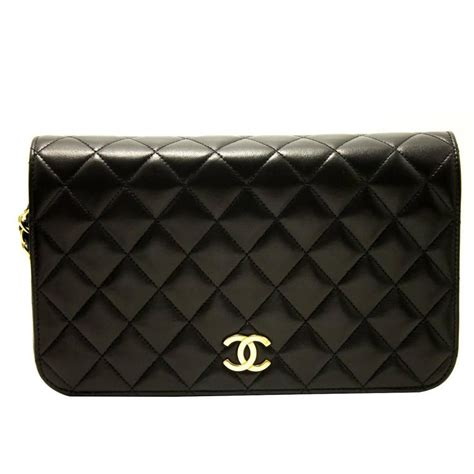 Chanel Quilted Clutch Bag by Chanel Chain Shoulder Bag Clutch Black Quilted Flap