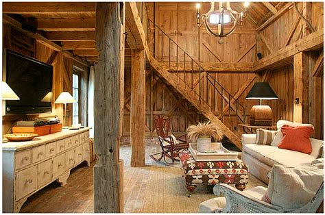 Barn House Interior Color Outside The Lines Love Barns Turned Homes