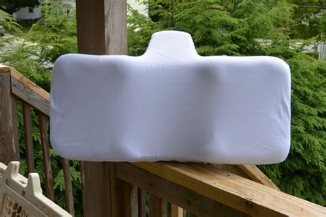 therapeutica pillow review therapeutica sleeping bed pillow pro2medical the stuff