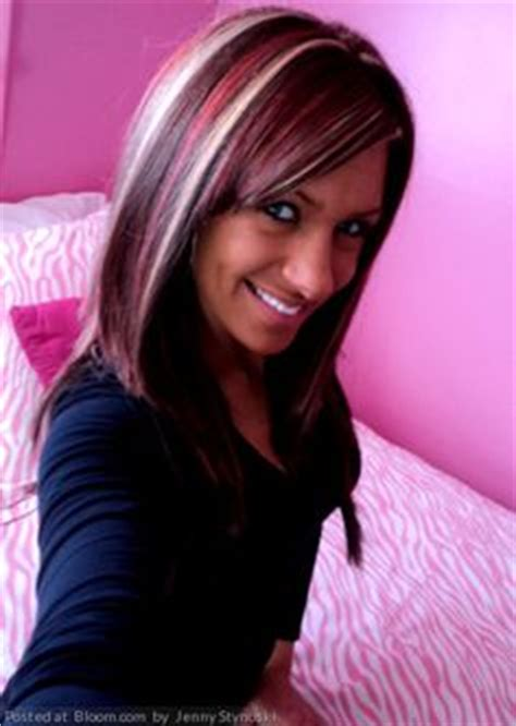 are chunky highlights out of style hairstyles on pinterest blonde streaks blonde