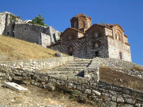 albania quot ufficio di collocamento cittadella di berat viaggi vacanze e turismo turisti