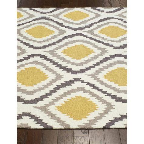 nuloom handmade trellis modern ikat wool area rug 7 6 x 9