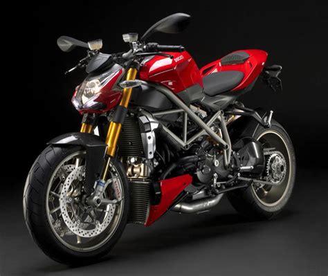 Rak Helm Motor Royal Enfield 104 ducati streetfighter modellnews
