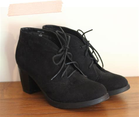 shoes for teenagers tuesday shoesday the cheapest way to buy shoes