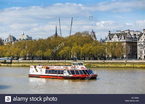 thames river cruise embankment victoria embankment stock photos victoria embankment